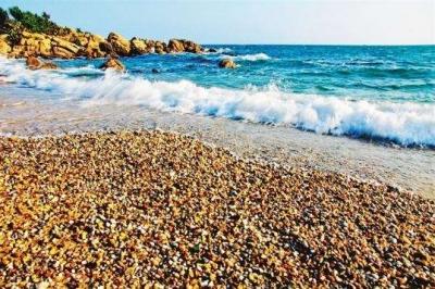 带小朋友一起去棋子湾玩沙滩